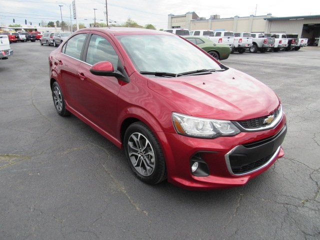 Pre-Owned 2017 Chevrolet Sonic LT/RS